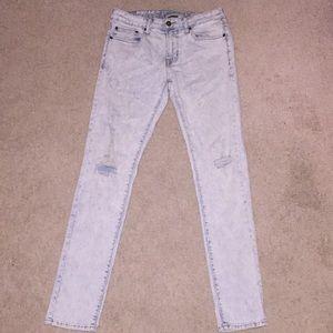 American Eagle ripped acid wash flex jeans